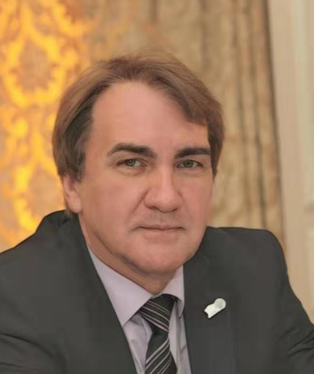 Генеральный директор Ященко Р.В