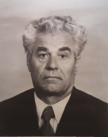 Лавров Лазарь Иванович